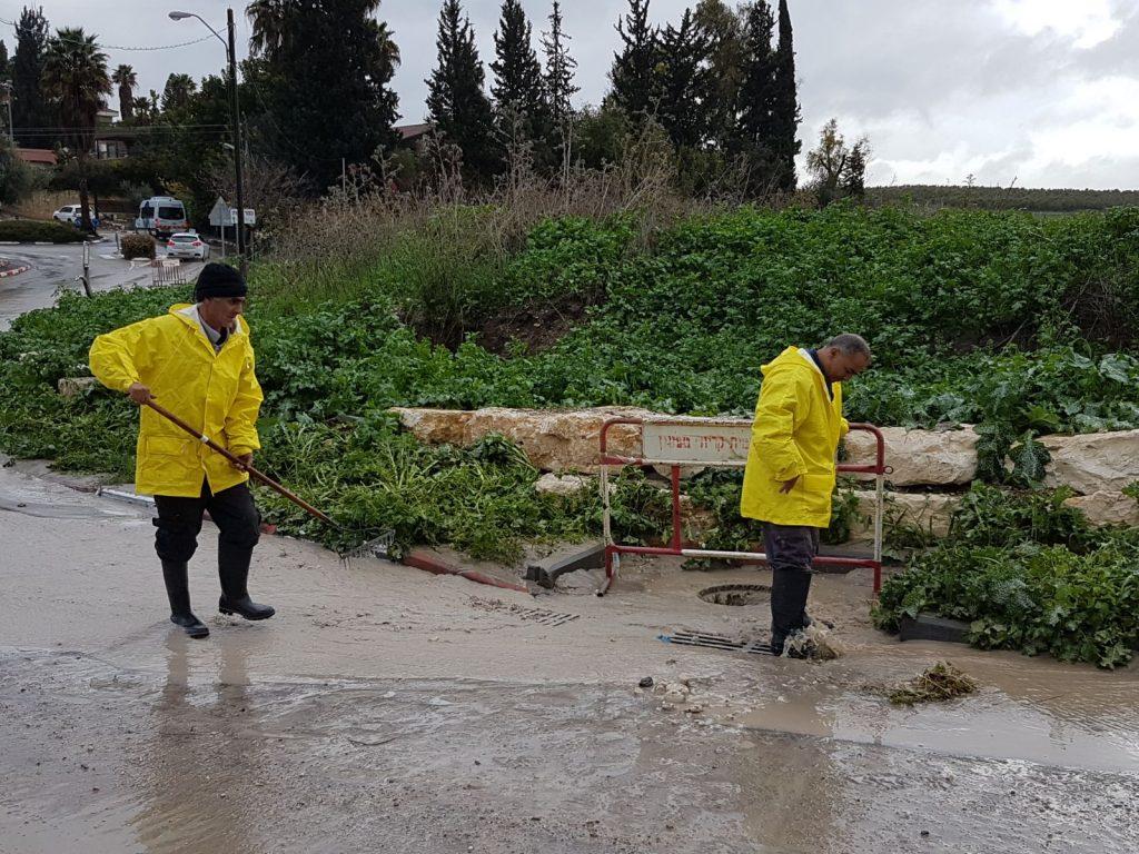 התמודדות מוצלחת של עובדי המועצה המקומית קרית טבעון עם פגעי מזג האוויר הסוער