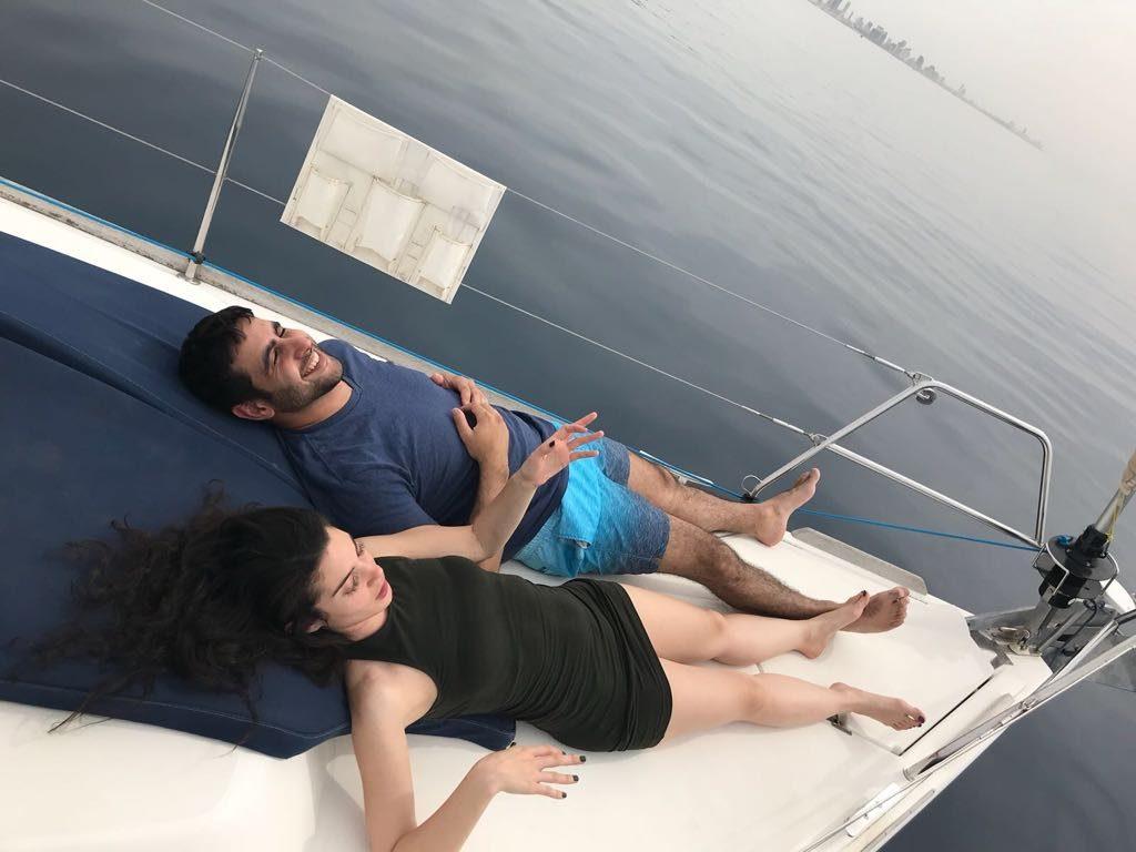 ארוחה רומנטית בים