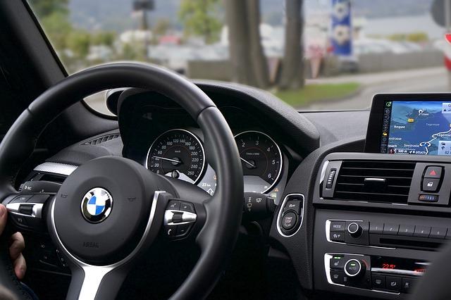 השכרת רכב לתקופות שונות: תנאים וטיפים