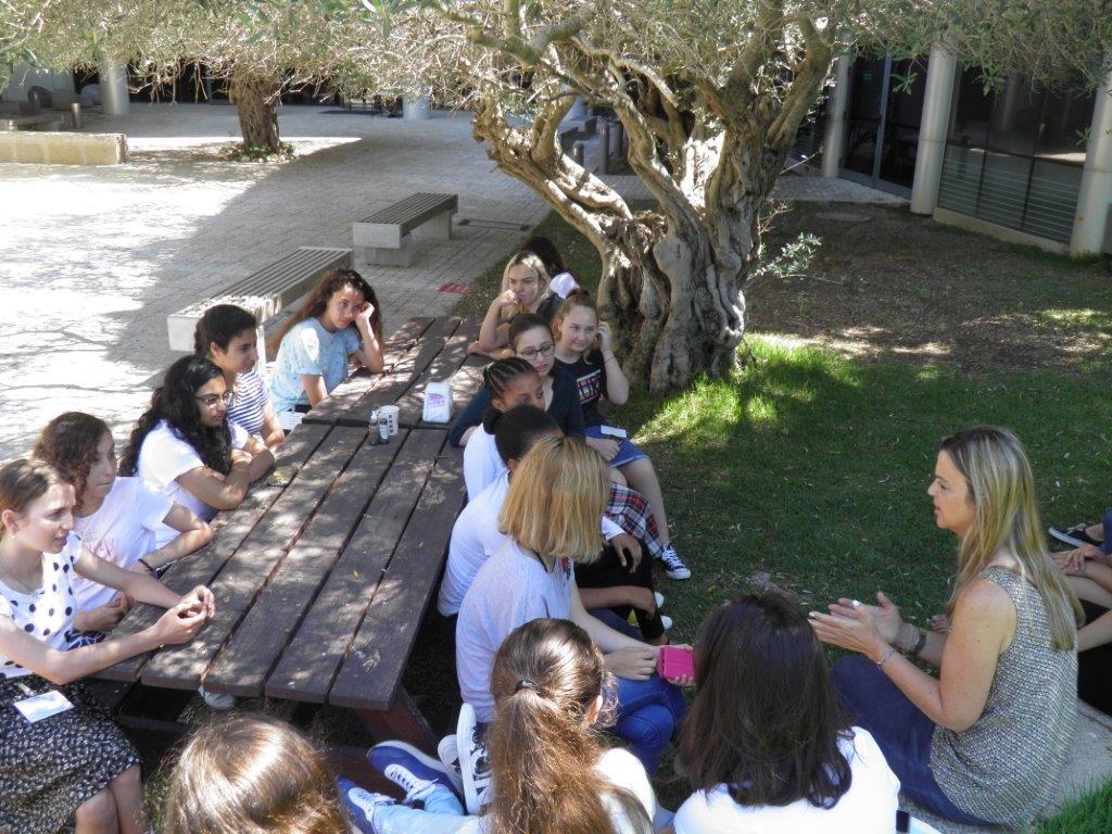 תלמידות תיכון מחיפה התארחו במחנה קיץ טכנולוגי