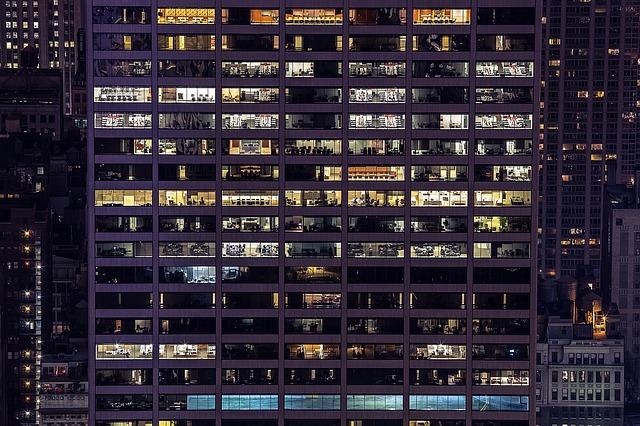 במקום חיכוכי שכנים – גלו את הדרך לטפל בכל התקלות במבנה