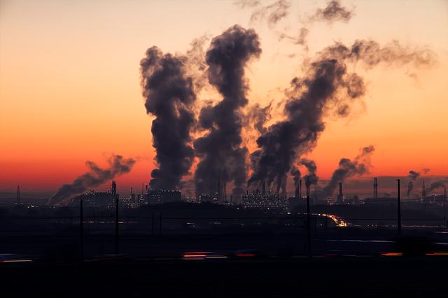 מניעת זיהום אוויר במפעלים בחיפה