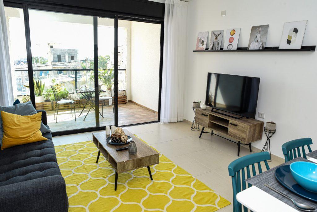 דירה לדוגמא בבניין להשכרה בפרויקט הרובע של גולדן ארט